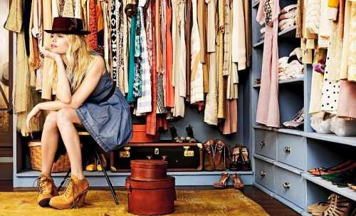 А обратить внимание на модную обувь в том числе