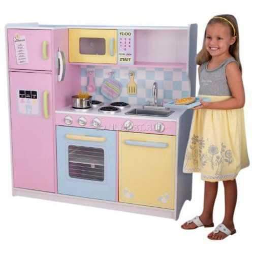 Как выбрать игрушечную кухню для ребенка