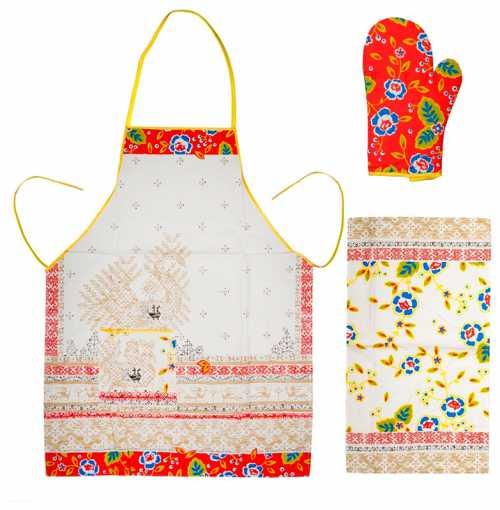 Хозяйкам приходиться ежедневно немало времени проводить за приготовлением пищи, но даже в домашней обстановке женщины хотят быть привлекательными и нарядными
