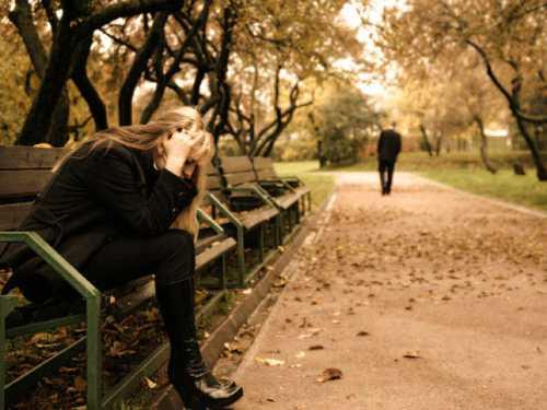К чему снится расставание с любимым или родным