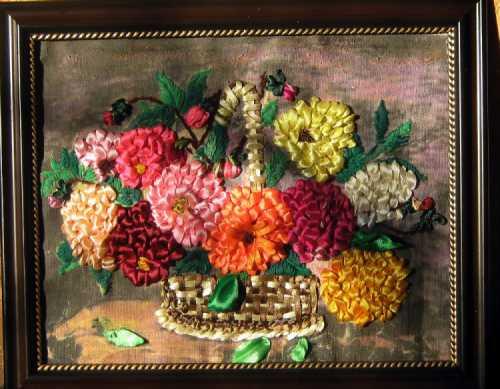 Вышивка лентами: картина Георгины
