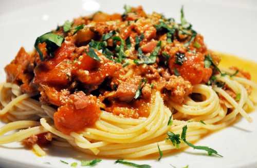 Рецепты спагетти с мясом, секреты выбора