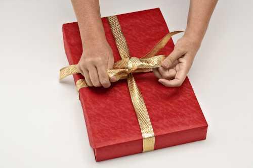 Как упаковать подарок Подарочные узлы