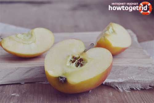 Старинные рецепты можно адаптировать под современные реалии и использовать для замачивания яблок стеклянную тару