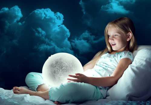 К чему снится маленькая девочка, увидеть стол во