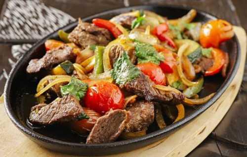 Рецепты свинины с овощами на сковороде: секреты